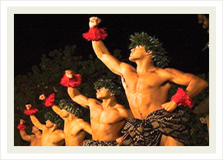 Paradise Cove Luau Hawaii tour tickets and best Hawaiian dinner show discounts.